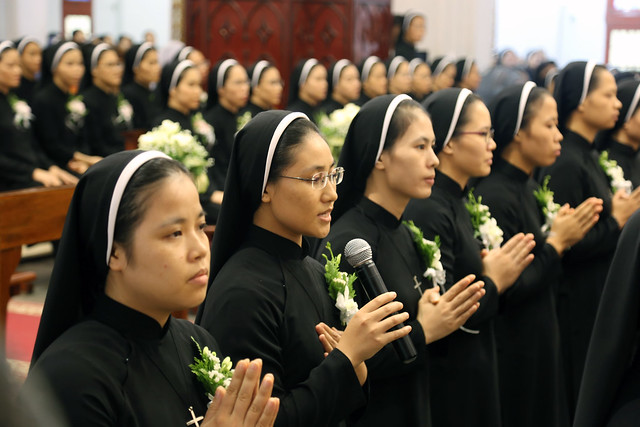 15971 khan dong mtg 22 - 39 nữ tu tuyên khấn trong Dòng Mến Thánh Giá Hà Nội: Một lần đoan hứa
