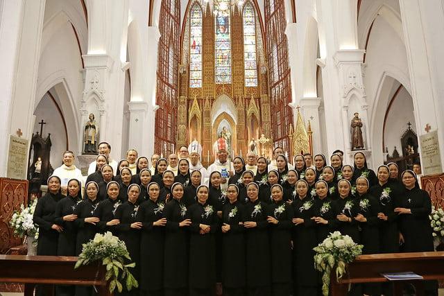 15971 khan dong mtg 25 - 39 nữ tu tuyên khấn trong Dòng Mến Thánh Giá Hà Nội: Một lần đoan hứa