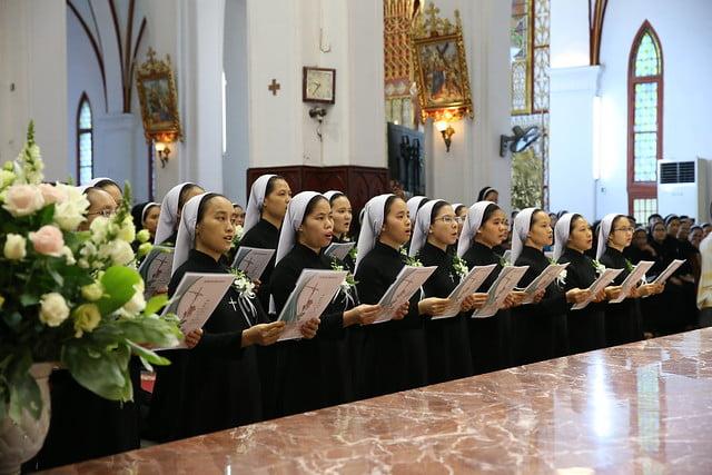 15971 khan dong mtg 6 - 39 nữ tu tuyên khấn trong Dòng Mến Thánh Giá Hà Nội: Một lần đoan hứa