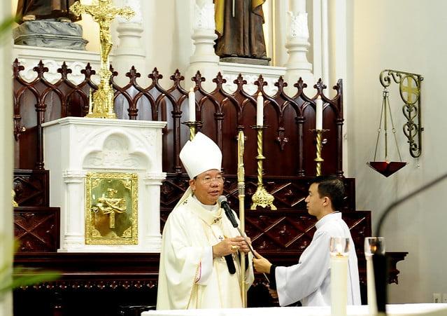 16050 nhan xu 8 - Cha Giuse Vũ Quang Học chính thức nhận sứ vụ tại Giáo xứ Hàm Long và Trung Chí