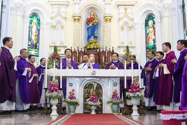 16060 ha thao1 - Thánh lễ giỗ 12 năm năm Đức Ông Giuse Đích Nguyễn Ngọc Oánh: Vị tông đồ nhiệt thành của Chúa
