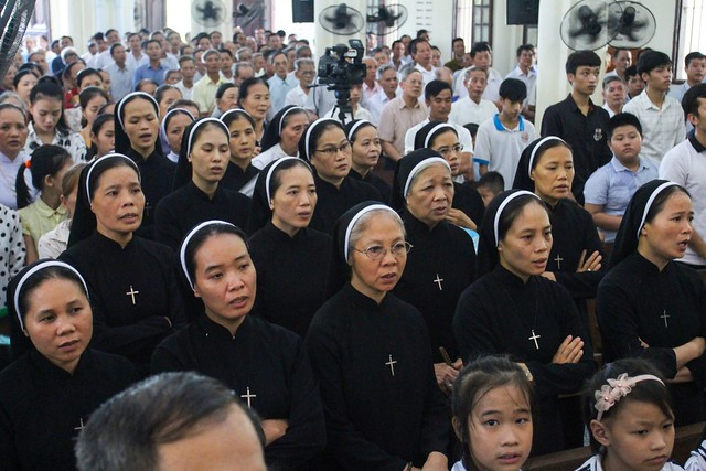 16060 ha thao9 - Thánh lễ giỗ 12 năm năm Đức Ông Giuse Đích Nguyễn Ngọc Oánh: Vị tông đồ nhiệt thành của Chúa