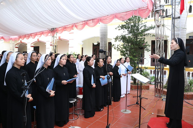 16080 nam thanh 8 - Dòng Mến Thánh Giá Hà Nội khai mạc Năm Thánh mừng 350 năm hồng ân