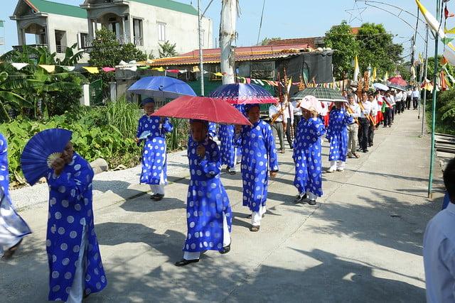 16083 ra mat 3 - Giáo họ Tân Phú nhận quyết định thành lập Giáo họ trong ngày lễ quan thầy