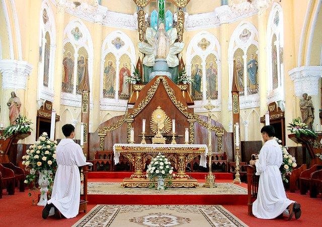 16090 nam dinh 2 - Giáo xứ Nam Định chầu Thánh Thể thay mặt Tổng Giáo phận 2019