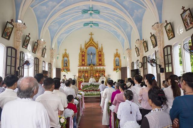 16110 hoa tran 4 - Giáo họ Hoà Trần mừng thánh lễ Đức Maria Trinh Nữ Vương quan thày
