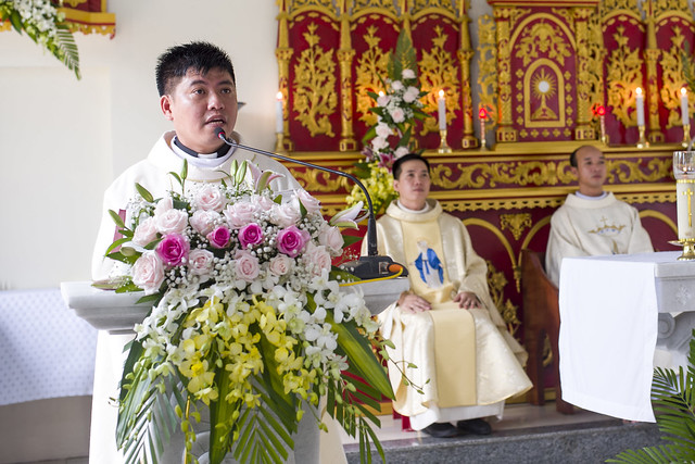 16110 hoa tran 5 - Giáo họ Hoà Trần mừng thánh lễ Đức Maria Trinh Nữ Vương quan thày