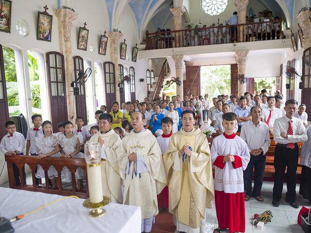 16110 hoa tran 7 - Giáo họ Hoà Trần mừng thánh lễ Đức Maria Trinh Nữ Vương quan thày