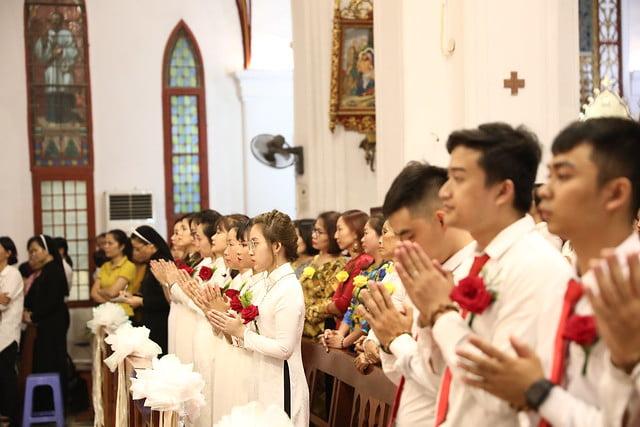 16140 btkt 2 - 28 Tân tòng ra mắt tại Nhà thờ Chính tòa Hà nội