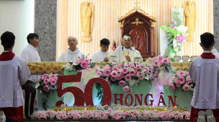 30082019 143924 3 750x419 - Giáo xứ Thạch Đà: Mừng 50 năm Huynh đoàn Giáo dân Đaminh