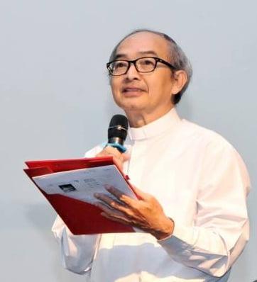 chapherohien 1 - Phỏng vấn Cha Phêrô Nguyễn Văn Hiền về Bộ Giáo Lý Hiệp Thông