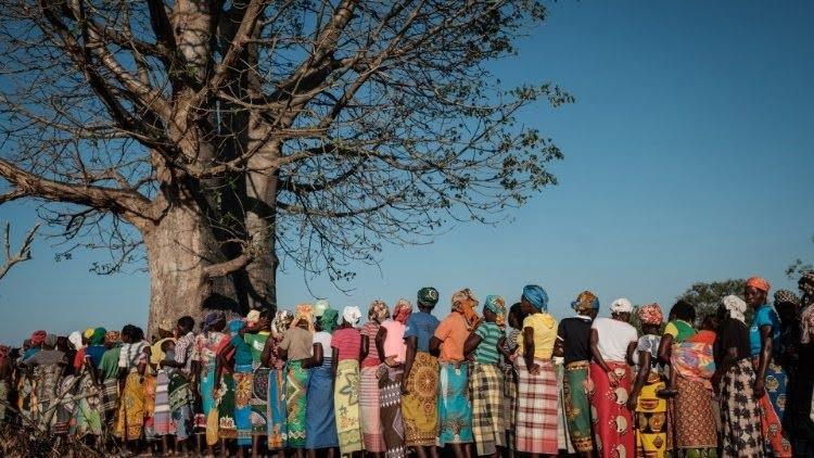 dtc phanxico tai 3 nuoc phi chau - Hướng về chuyến viếng thăm của ĐTC Phanxicô tại 3 nước Phi châu