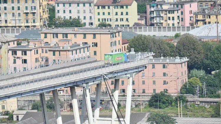 dtc viet cho nguoi dan genoa mot nam sau su kien cau morandi sup do - ĐTC viết cho người dân Genoa, một năm sau sự kiện cầu Morandi sụp đổ