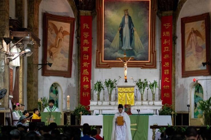 giao hoi trungquoc - Các tín hữu Công giáo Trung Quốc ngày càng bị ép buộc tham gia Giáo hội quốc doanh