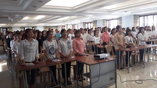 hinh 3 cung nhau hoc hoi giao ly anh giaophanthaibinh org - Khóa giáo lý thêm Sức - Tiền hôn nhân ngoại thường GP Thái Bình