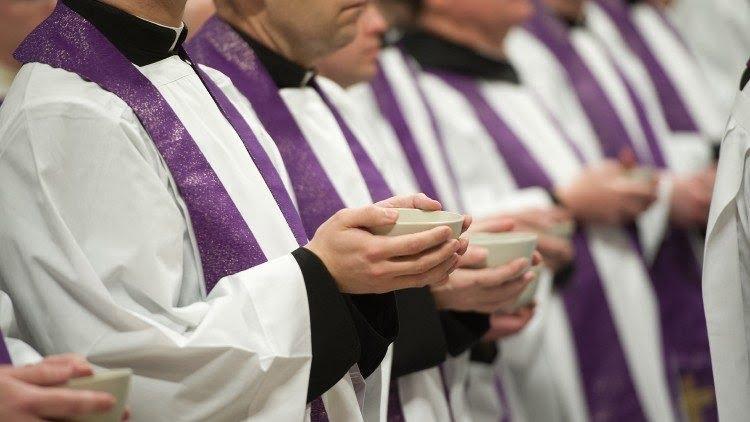 la thu cua dtc phanxico - Một số linh mục hồi đáp về lá thư của ĐTC Phanxicô