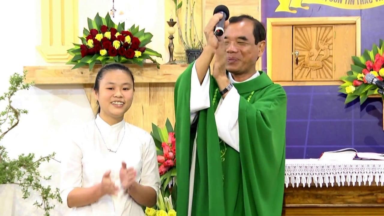 maxresdefault 2 - Cha Giuse Trần Đình Long - Người Mục Tử Đầy Mùi Chiên