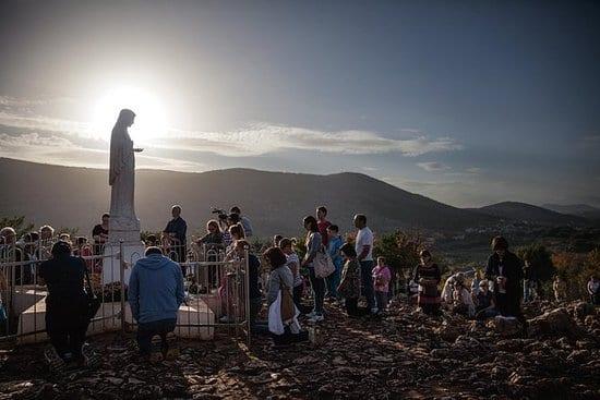 medjugorje - ĐGM Fisichella: Giáo hội cần khôn ngoan khi phán quyết về Mễ Du