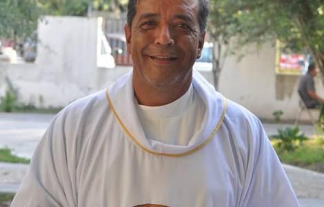 mexico 3 - Cha José Martín Guzmán Vega bị sát hại tại Mexico