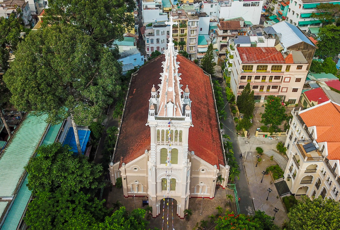nha tho co xua - Nhà thờ gần 300 tuổi cổ xưa nhất Sài Gòn