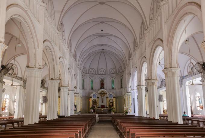 nha tho co xua2 - Nhà thờ gần 300 tuổi cổ xưa nhất Sài Gòn