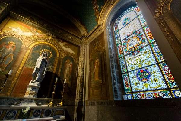 nha tho la ma3 - Nhà thờ La Mã này là một món quà của người Công giáo trên khắp thế giới cho Leo XIII