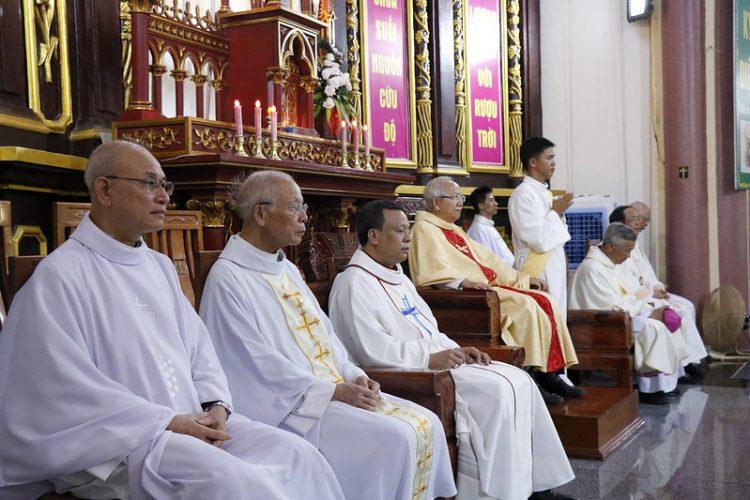 phanxico 07 750x500 - Thánh lễ kỷ niệm 90 năm hồng ân Dòng Phanxicô hiện diện trên đất Việt