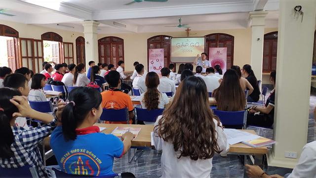 """phu ly 6 - Giới trẻ giáo hạt Phủ Lý: Khóa huấn luyện """"Lãnh đạo như Giê-su"""""""