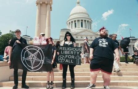 satan2 - Những người theo nhóm Satan chiến đấu vì tự do tôn giáo tại Hoa kỳ