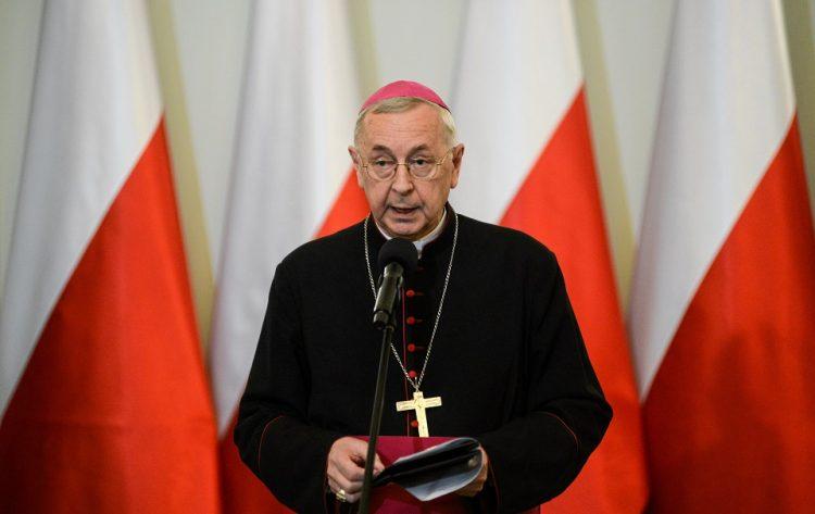 stanislaw gadecki 750x473 - Hội Đồng Giám Mục Ba Lan cảnh giác về ý thức hệ độc tài đồng tính