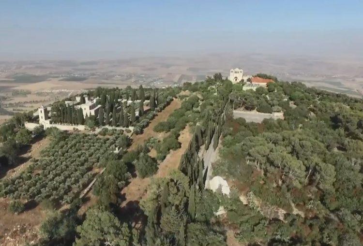 tabor a 750x509 - Những hình ảnh về núi Tabor, nơi Chúa Giêsu biến hình