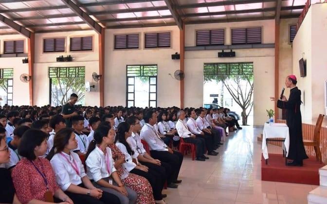 tuu truong 1 672x420 - Trường Cao Đẳng Hòa Bình Xuân Lộc - Thánh Lễ Tựu Trường Năm Học 2019 -2020