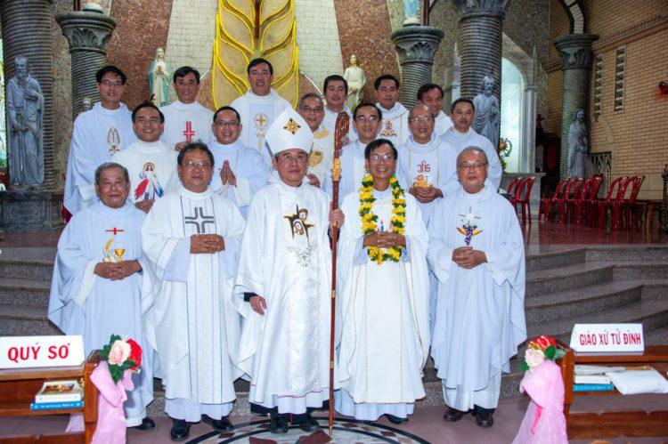 02092019 183059 16 750x499 - Thánh lễ nhậm chức chánh xứ tại Giáo xứ Hoàng Mai
