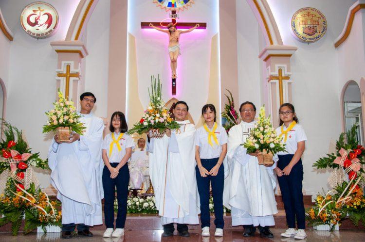 04092019 184918 14 750x499 - Lễ nhậm chức tân chánh xứ tại Giáo xứ Tử Đình