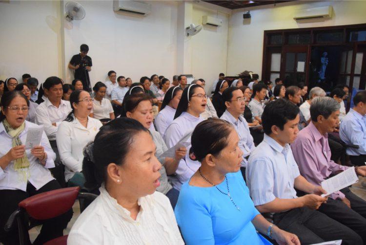 07092019 112425 2 750x501 - Khai giảng Trung tâm Linh Đạo I-Nhã