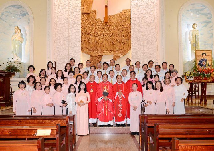09092019 100858 7 750x529 - Giáo xứ Vườn Xoài: Hội đồng Mục vụ mừng bổn mạng