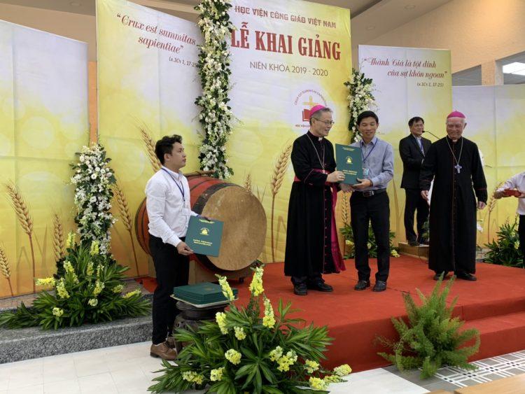 15092019 140209 750x563 - Học viện Công giáo Việt Nam: Khai giảng Niên khóa 2019-2020