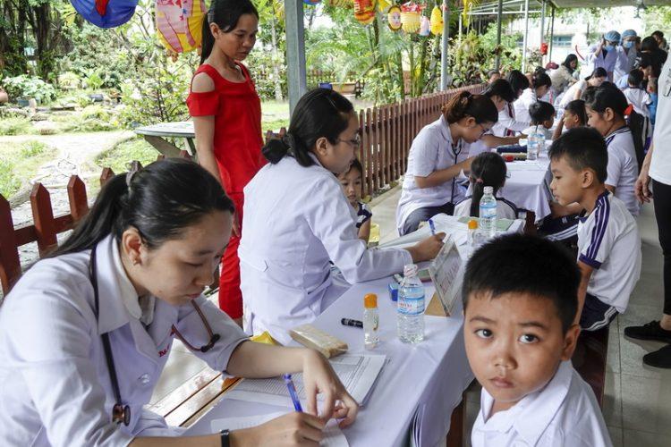 16092019 143654 750x500 - Giới Y tế Công Giáo: Công tác từ thiện tại Củ Chi