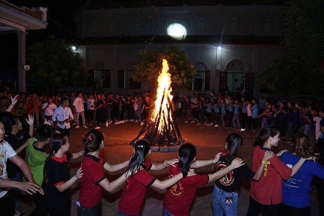 16173 phong doanh 12 - Giới trẻ giáo họ Phong Doanh quyết tâm theo gương thánh Quan thầy