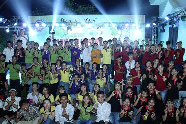 16173 phong doanh 13 - Giới trẻ giáo họ Phong Doanh quyết tâm theo gương thánh Quan thầy