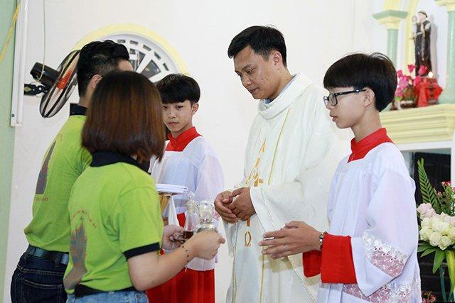 16173 phong doanh 8 - Giới trẻ giáo họ Phong Doanh quyết tâm theo gương thánh Quan thầy