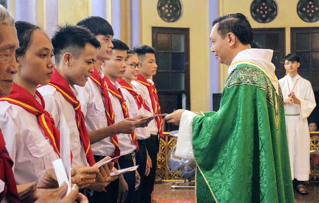 16174 xu doan phero hieu 5 - Lễ ra mắt xứ đoàn Phêrô Hiếu tại Giáo xứ Tiêu Động Thượng
