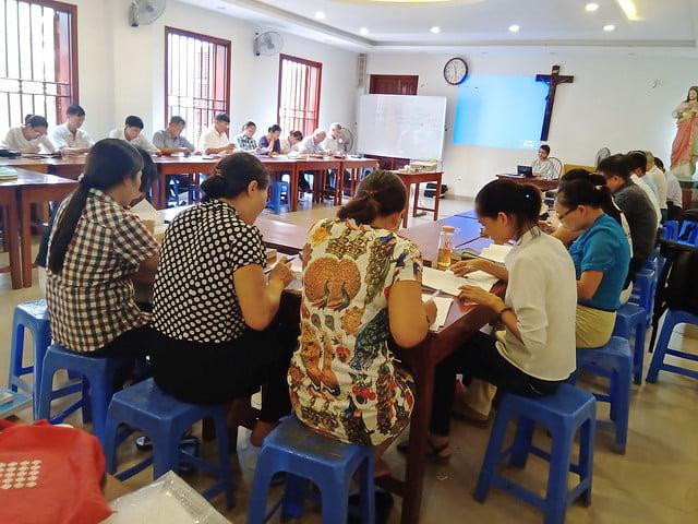 16176 glv 3 - Khóa Thường huấn Giáo lý viên TGP Hà Nội tại giáo xứ Hàm Long
