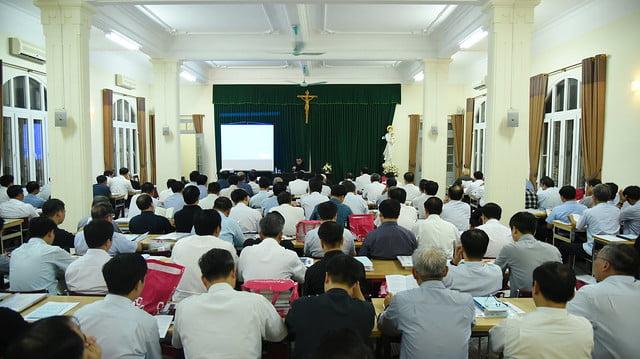 16195 tinh tam 1 - Linh mục đoàn Tổng Giáo phận Hà Nội tĩnh tâm tháng 9-2019