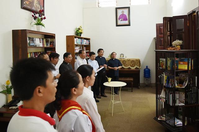 16208 phong doc 1 - Khai trương Văn phòng Thiếu nhi và Phòng đọc sách tại Tòa TGM Hà Nội