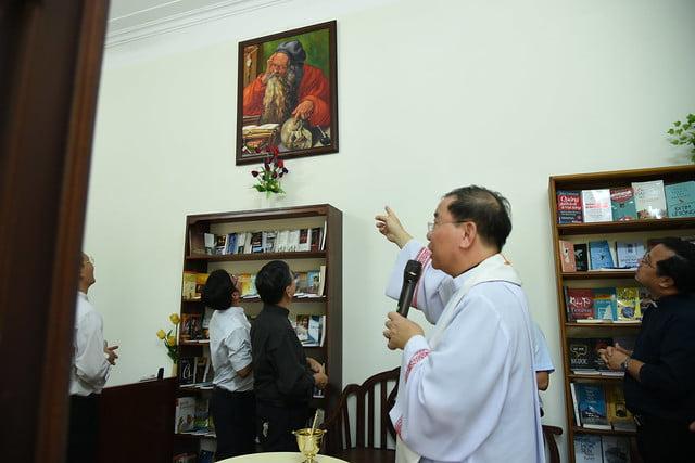 16208 phong doc 3 - Khai trương Văn phòng Thiếu nhi và Phòng đọc sách tại Tòa TGM Hà Nội