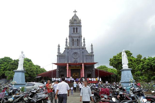 16215 gh quang san 1 - Hình ảnh - Ngày chầu Thánh Thể tại giáo họ Quang Sán