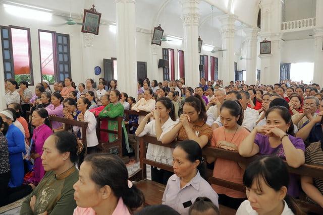 16215 gh quang san 11 - Hình ảnh - Ngày chầu Thánh Thể tại giáo họ Quang Sán