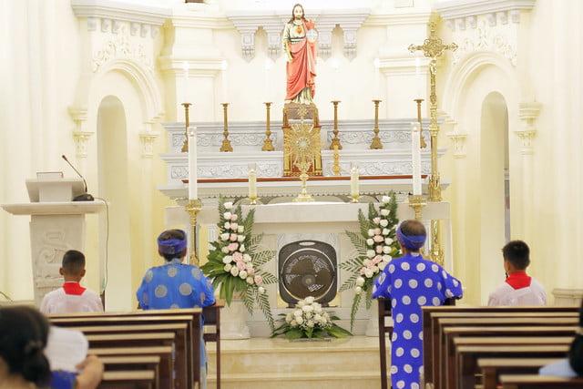 16215 gh quang san 16 - Hình ảnh - Ngày chầu Thánh Thể tại giáo họ Quang Sán