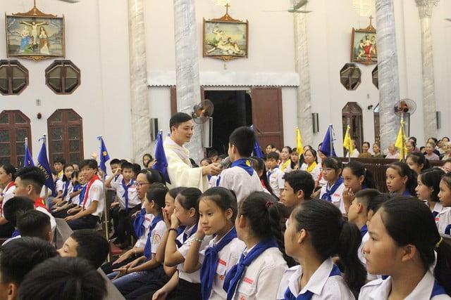 16216 phu oc 7 - Giáo xứ Phú Ốc: Thánh lễ khai giảng năm học mới 2019 – 2020